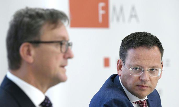 FMA-Vorstand Klaus Kumpfmüller (r.) wechselt zur Hypo Oberösterreich und hinterlässt Raum für Personalspekulationen.