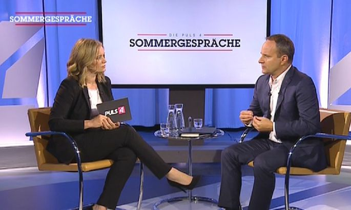 Matthias Strolz im Sommergespräch mit Corinna Milborn auf Puls 4