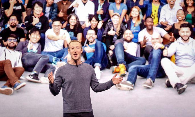 """""""Die Zukunft ist privat"""", verkündete Zuckerberg bei der Entwicklerkonferenz F8 im kalifornischen San José."""