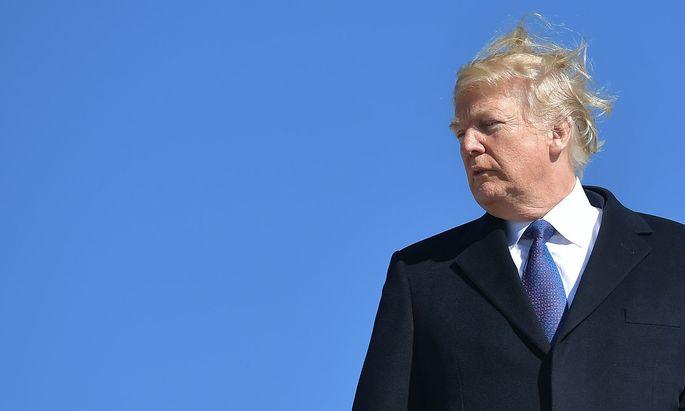 Mit seinen neuen Attacken verkompliziert Trump die Bemühungen, eine weitere Haushaltssperre abzuwenden.