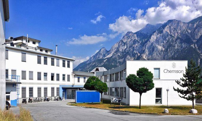 In Arnoldstein im Kärntner Gailtal arbeitet versteckt der internationale Kunststoffhersteller Chemson.