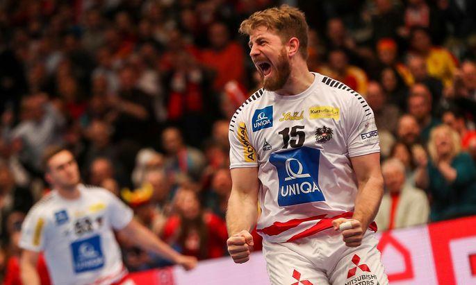 Fabian Posch jubelt beim Gruppen-Match gegen Nordmazedonien in der Wiener Stadthalle.