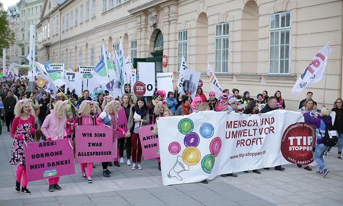 DEMONSTRATION ´TTIP STOPPEN - GLOBALER AKTIONSTAG´