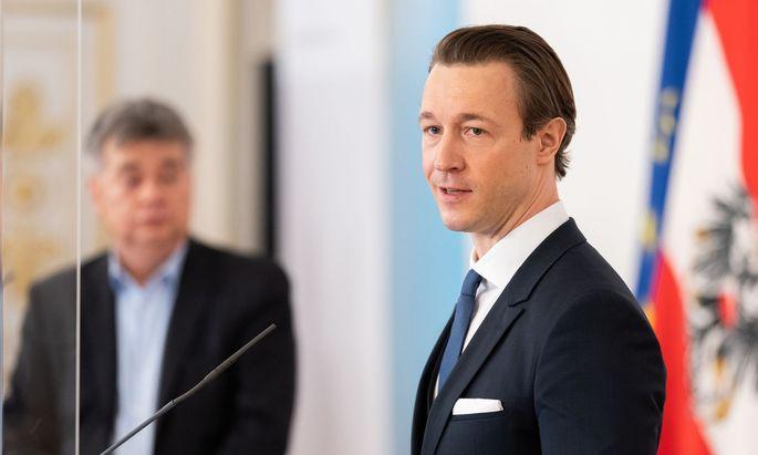 """Kogler an Blümel: Ein Minister dürfe ein Höchstgericht """"nicht an der Nase herumführen"""""""