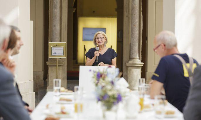 Niederösterreichs Landeshauptfrau Johanna Mikl-Leitner (ÖVP) sprach u. a. über das geplante Haus der Digitalisierung in Tulln.