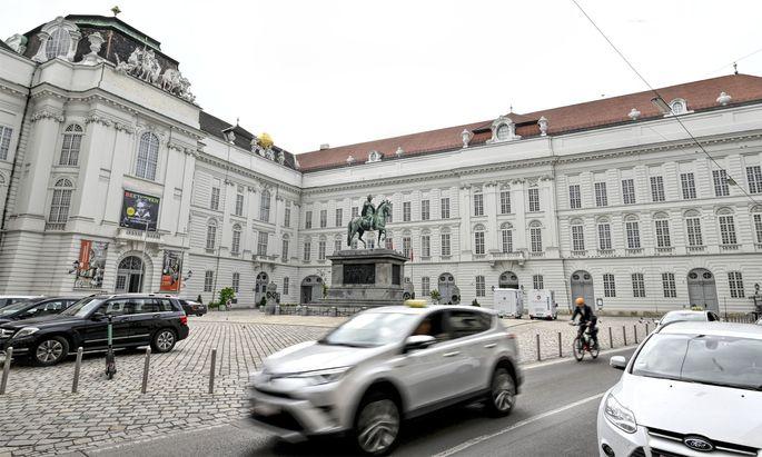 """Vor der Wahl am 11. Oktober geht sich eine """"autofreie"""" Innenstadt wohl nicht mehr aus."""