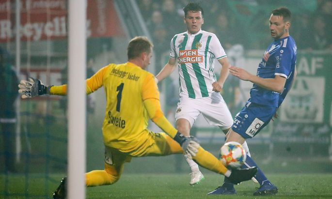 Thomas Murg trifft zum 2:1 für Rapid