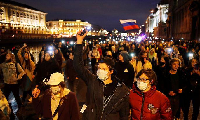 Ein Bild von der Demonstration in St. Petersburg.