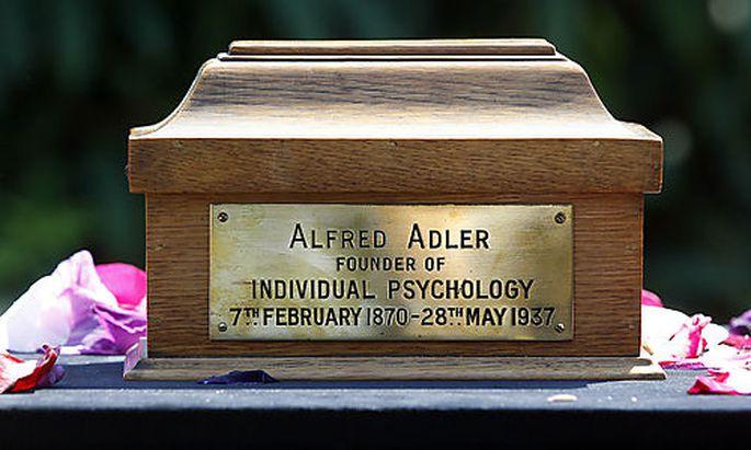 URNE ALFRED ADLERS