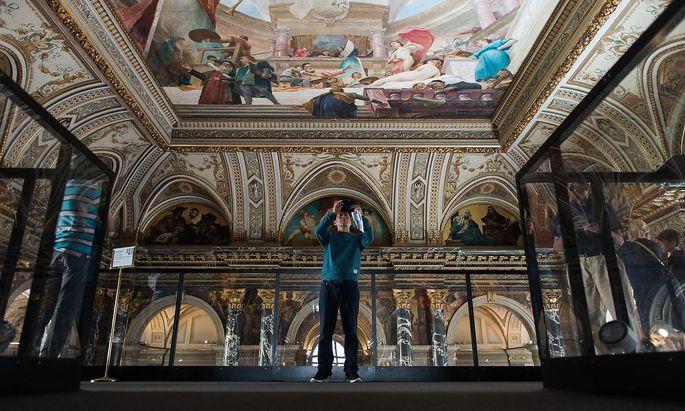 Stairway to Klimt at Vienna Kunsthistorisches Museum
