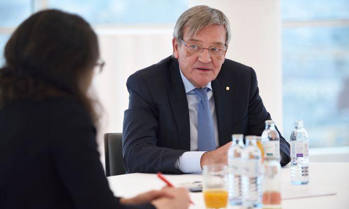 """Wiener-Städtische-Chef Lasshofer empfiehlt jungen Familien """"dringend"""", eine Risikoversicherung abzuschließen."""
