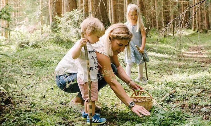 Anja Fischer bietet ihre Kräuterkurse jetzt auch online an.