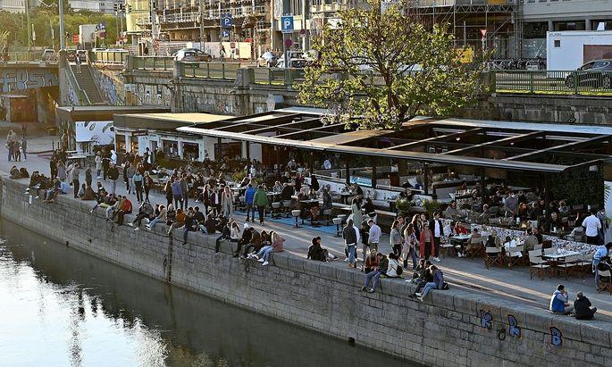 Die Nächte am Wiener Donaukanal sollen wieder länger werden