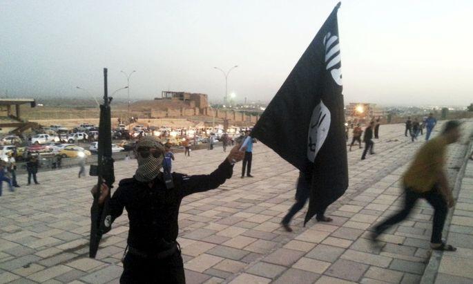IS-Kämpfer in Syrien (Symbolbild).