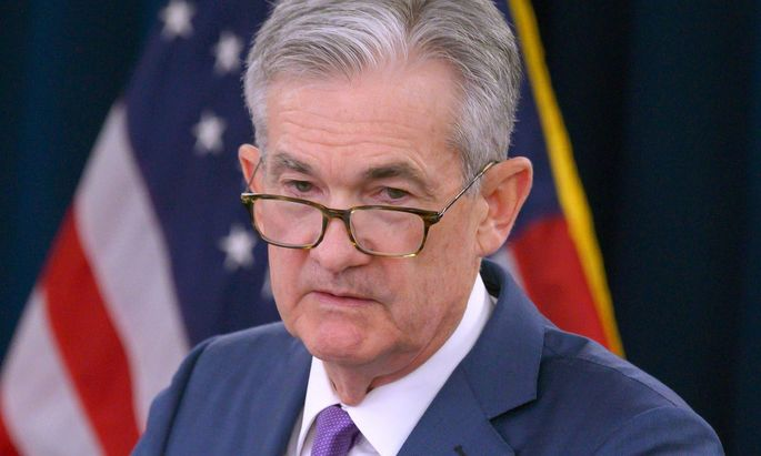 """Fed-Chef Powell sieht die US-Wirtschaft in einer """"günstigen Position""""."""