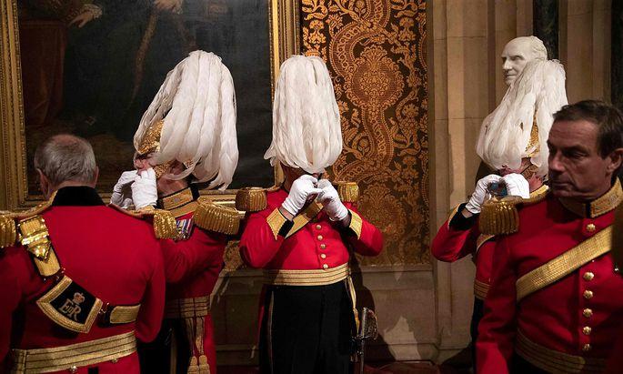 Viele Briten wollen lieber die Augen verschließen.