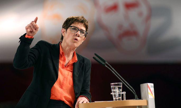 Annegret Kramp-Karrenbauer ist die perfekte Karnevalskanzlerin.