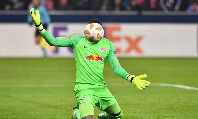 Leipzig-Keeper Yvon Mvogo hinterließ in Salzburg einen unglücklichen Eindruck.