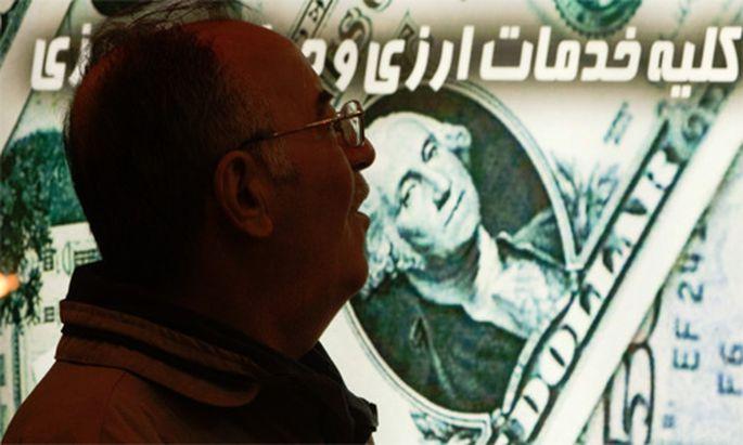 Waehrungsexperte Dollar regiert