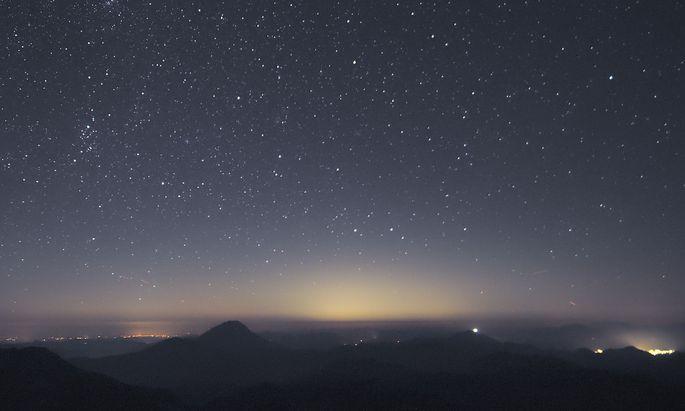 Lichtglocke über Wien im Spätsommer 2016 vom Gipfel des Dürrensteins (über 100 km vom Zentrum)