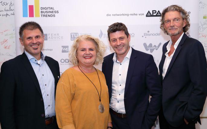 Im Bild v.l.n.r.: Andreas Sitta (A1 Telekom Austria), Barbara Rauchwarter (APA - Austria Presse Agentur), Alexis Johann (FehrAdvice & Partners), Klement Cabana (styria digital one)