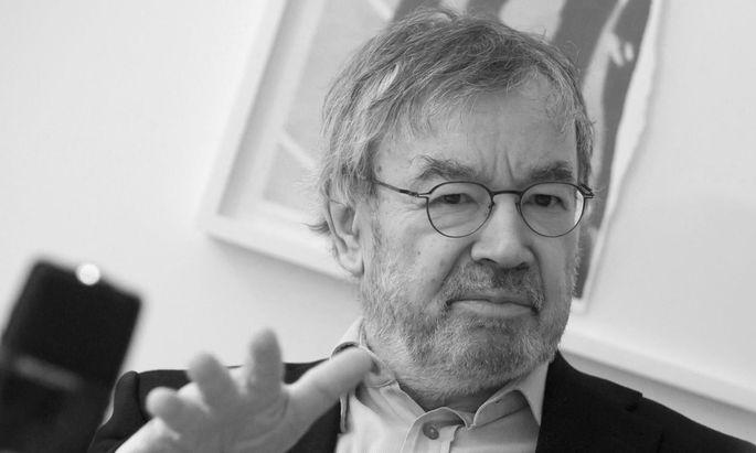 """""""Wir dürfen nicht achselzuckend zur Kenntnis nehmen, dass die Demokratie in unserer Nachbarschaft demontiert wird."""" Martin Pollack, Jahrgang 1944, geboren in Bad Hall, Oberösterreich."""