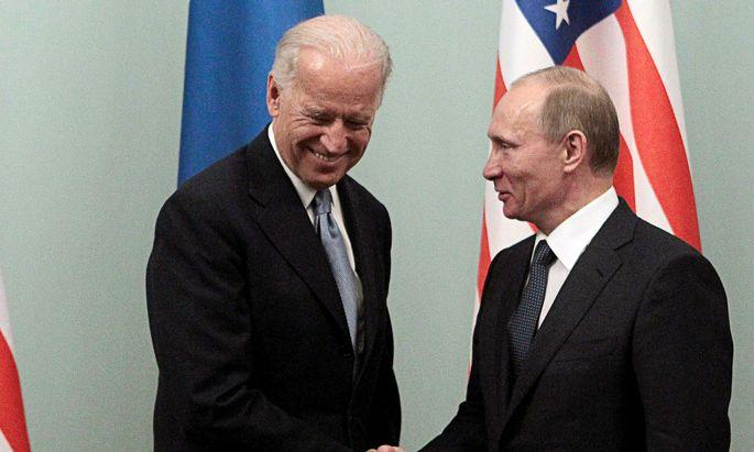 Biden und Putin in Moskau 2011. Kommt es zu einem Gipfeltreffen in Wien?