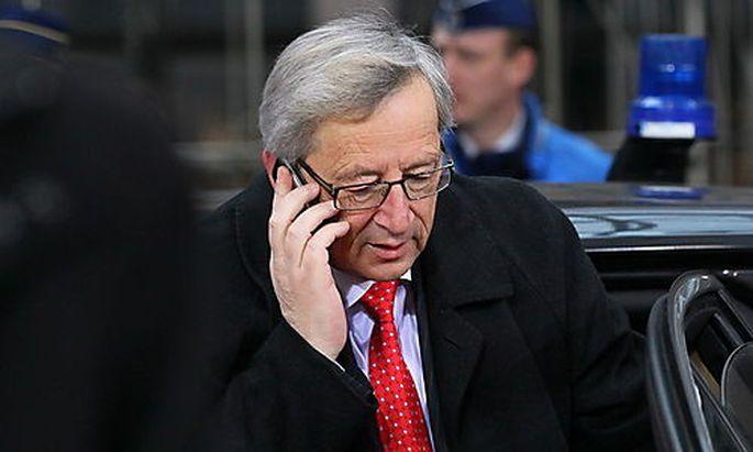 Die Euro-Finanzminister geben das Hilfspaket nur teilweise frei