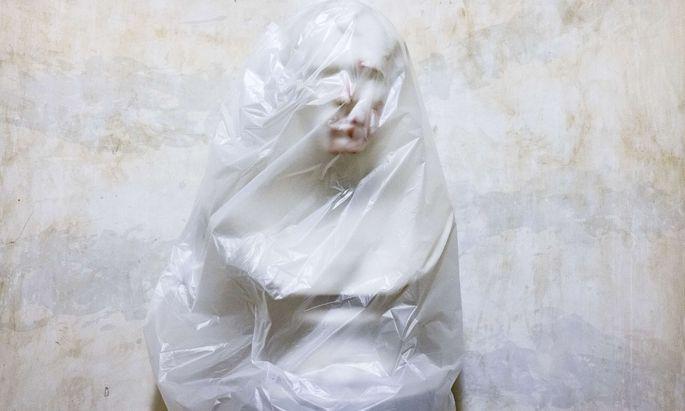 Die blutverschmierte Büste des zwölften Präsidenten der USA, Zachary Taylor (4. März 1849 bis zu seinem Tod am 9. Juli 1850), ist nach dem Sturm aufs Kapitol in Plastik gehüllt.