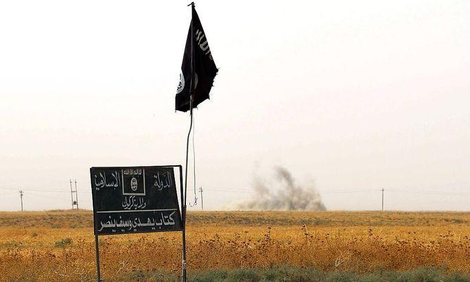 Eine Flagge des IS im Irak.
