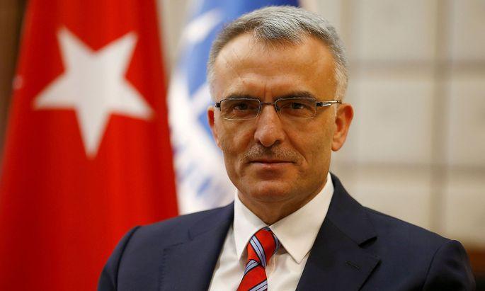 FILE PHOTO - Turkey´s Finance Minister Naci Agbal in Ankara