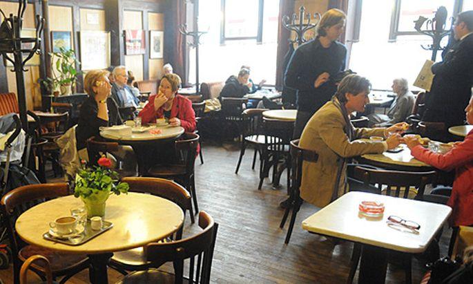 Cafe Hawelka Ausnahme Rauchverbot