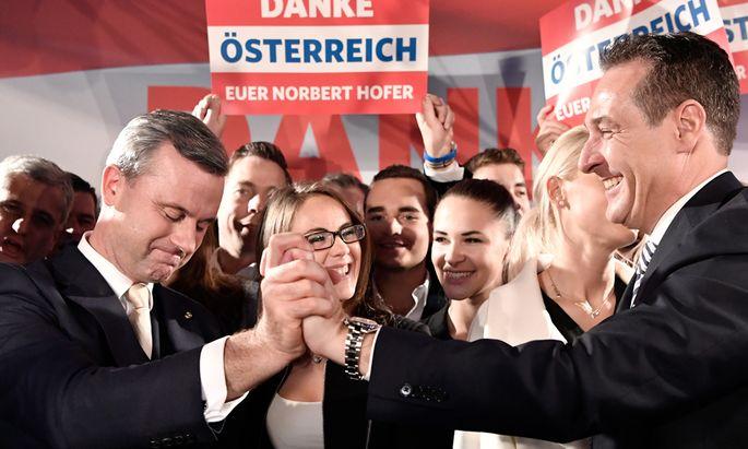 Norbert Hofer (l.) verlor die Hofburg-Wahl. Nun peilt er mit FPÖ-Chef Strache die Nationalratswahl an.