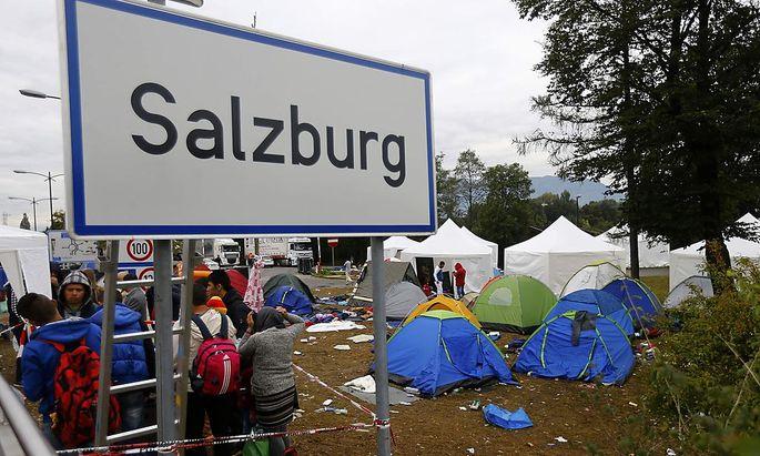 Flüchtlinge: Sonderzüge nach Deutschland fahren weiterhin