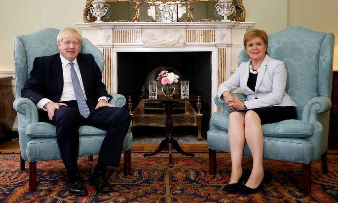 Boris Johnson zu Besuch bei Nicola Sturgeon in Edinburgh im Sommer 2019.