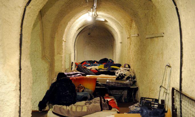 Servitenkloster Zehn Asylwerber festgenommen