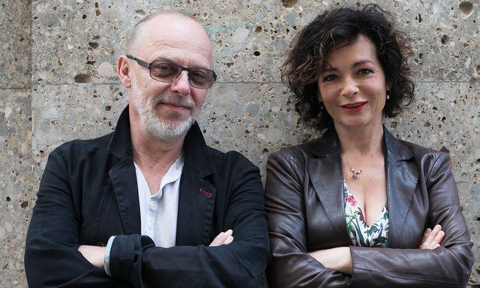 Florian Eder und Katharina Stemberger wollen Ernst mit Leichtigkeit verbinden.