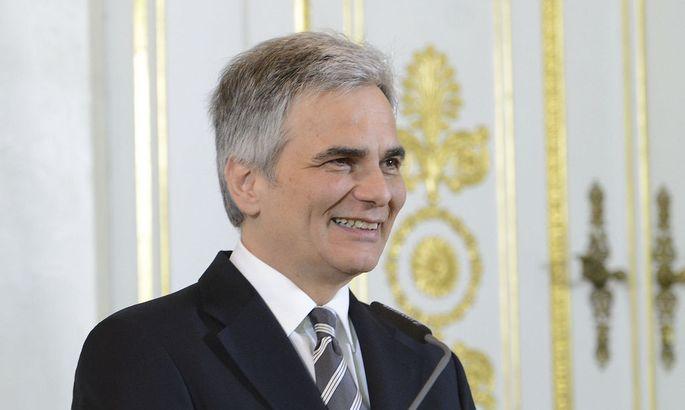 MINISTERRAT: FAYMANN