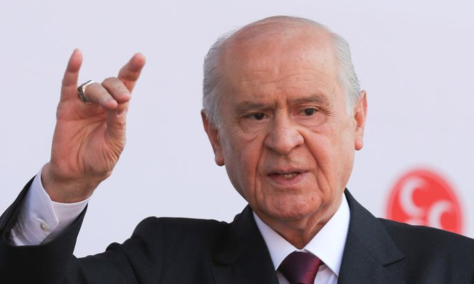Devlet Bahçeli, Chef der radikalen MHP.