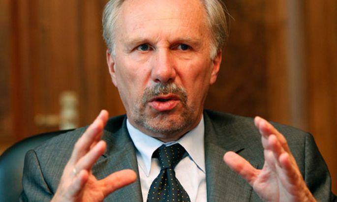 Nowotny: Ohne Staatshilfen wären Banken durchgefallen
