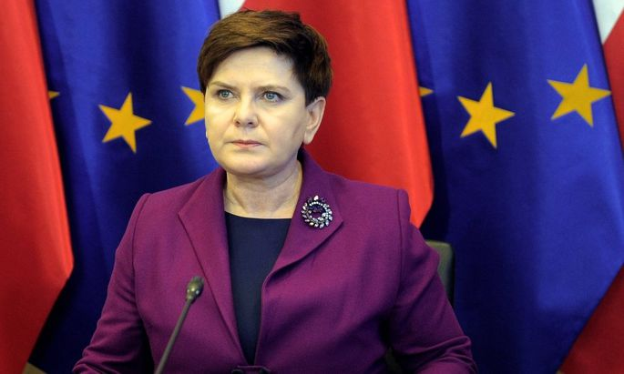 Crisis meeting of the Government Centre for Security in Warsaw Beata Szydlo Crisis meeting of the Go