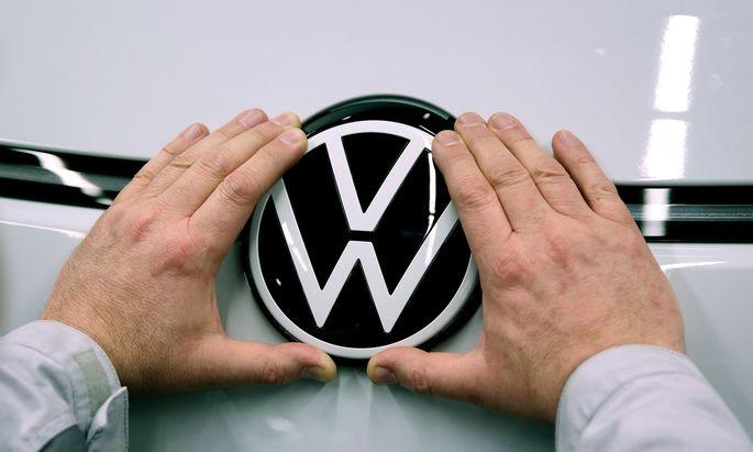 Kalt-Warm gab es dieser Tage für eine VW-Fahrerin.
