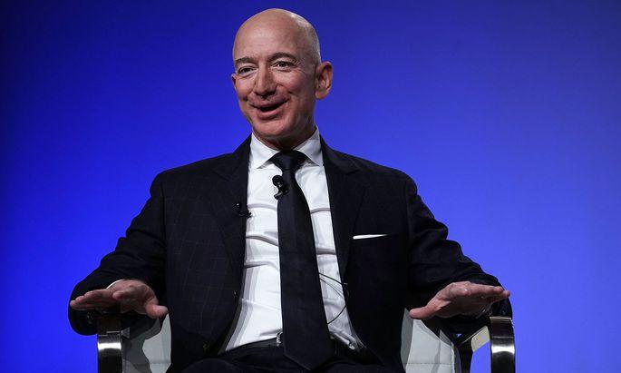 """Grund zur Freude: Amazon-Chef Jeff Bezos spricht von einem """"sehr ungewöhnlichen Quartal""""."""