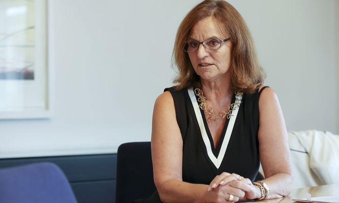Frank-Thomasser befürwortet eine Frauenquote bei Vorständen börsennotierter Unternehmen.