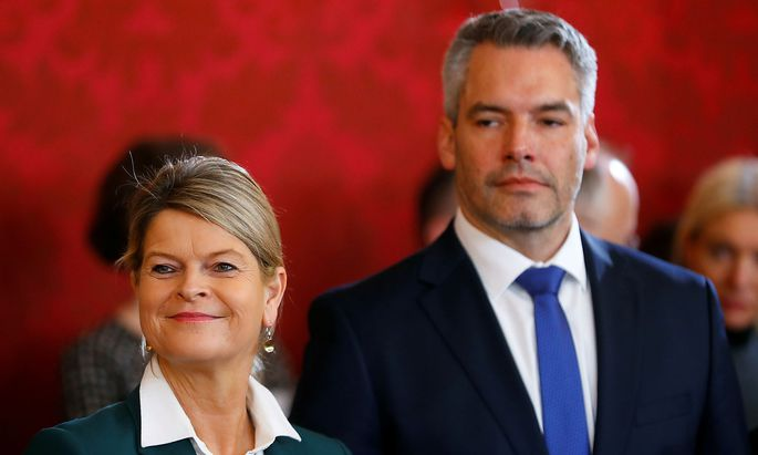 Swearing-in ceremony of the new government in Vienna
