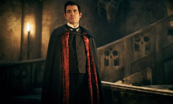 Claes Bang spielt den Grafen Dracula mit überraschend erdigem Charme.