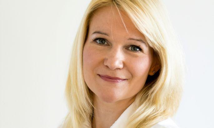 Sparen. Expertin Larissa Kravitz rät zu strengem Kostenbewusstsein.