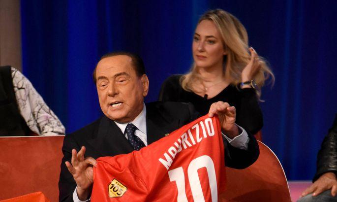 Er ist auf der Fußballbühne zu Hause: Silvio Berlusconi.