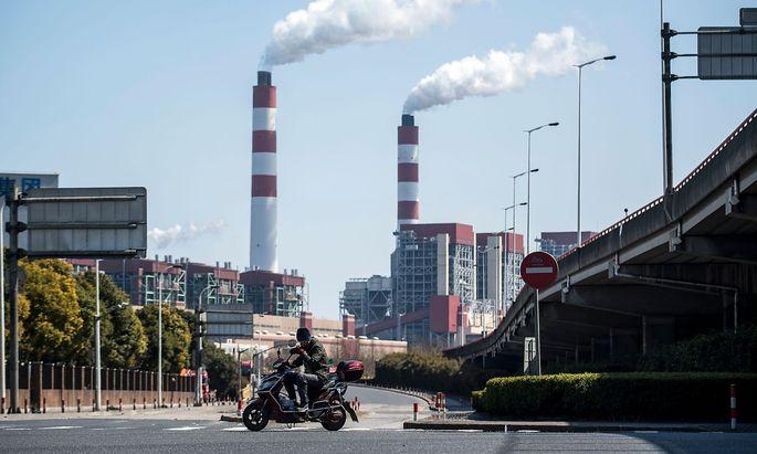 China hat in den vergangenen Jahren einige politische Maßnahmen beschlossen, um die Umweltverschmutzung zu bekämpfen.