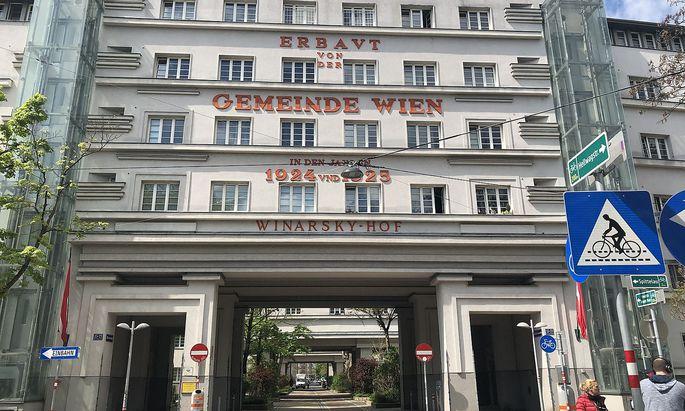 """Ein """"Prestigeprojekt des Roten Wiens"""" als Tatort: Der Gemeindebau """"Winarsky-Hof"""" am Freitag."""